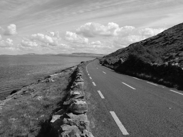 Photo: Roads of Ireland near the Cliffs of Moher