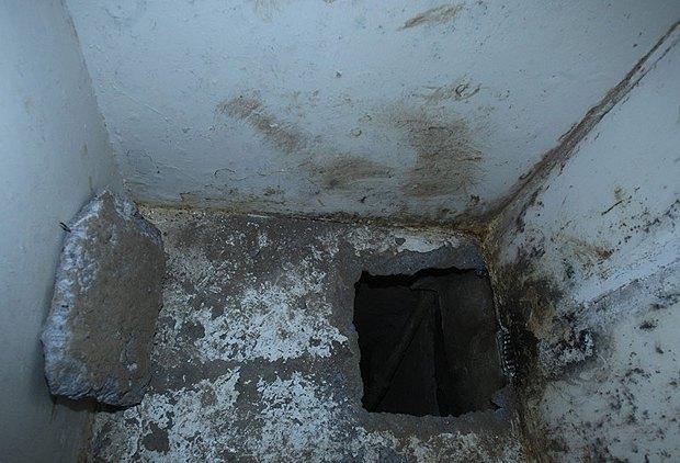 Вход в туннель, через который Гусман сбежал из тюрьмы