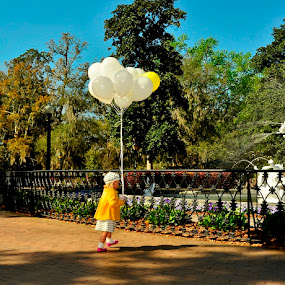 A Child Celebration of Life by Teza Del - People Street & Candids ( little girl, pwccandidcelebration, balloons )