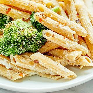Vegan Alfredo with Broccoli.