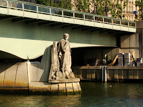 Photo: #017-Le Zouave du Pont de l'Alma
