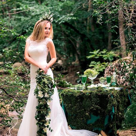 Wedding photographer Sasha Badretdinova (alexa1990). Photo of 24.11.2017