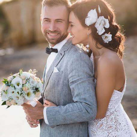 Wedding photographer Aleksandr Plugarev (Irbiscreative). Photo of 16.02.2018