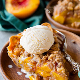 Brown Sugar Peach Crumble Pie.