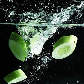 Cucumber splashing...!!! by Ismed  Hasibuan  - Food & Drink Fruits & Vegetables ( water, cucumber, splashing, food, green, vegetables )