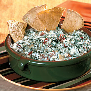 Cheesy Spinach-Artichoke Dip