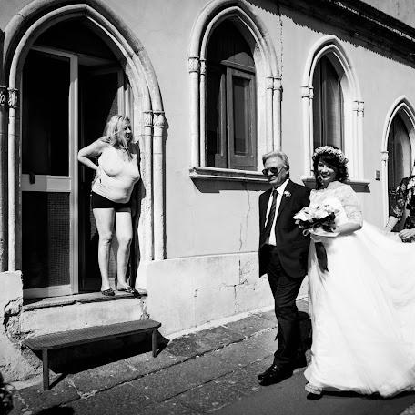 Wedding photographer Giuseppe Santanastasio (santanastasio). Photo of 22.10.2017