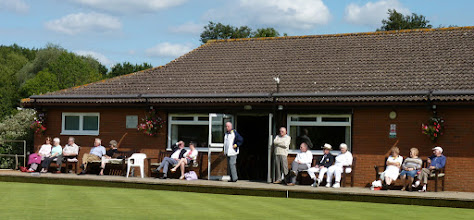 Photo: A few spectators on the Clubhouse side- Jean Smith, Pat & Don Chapman, John Voice, Jean Dann, Rex Richardson with his daughter, Frank Lay, George Startup, Adrian Philpott, Victor Armstrong, Chris Bruce, Tricia Ellis, Daphne & Ernie Fathers.