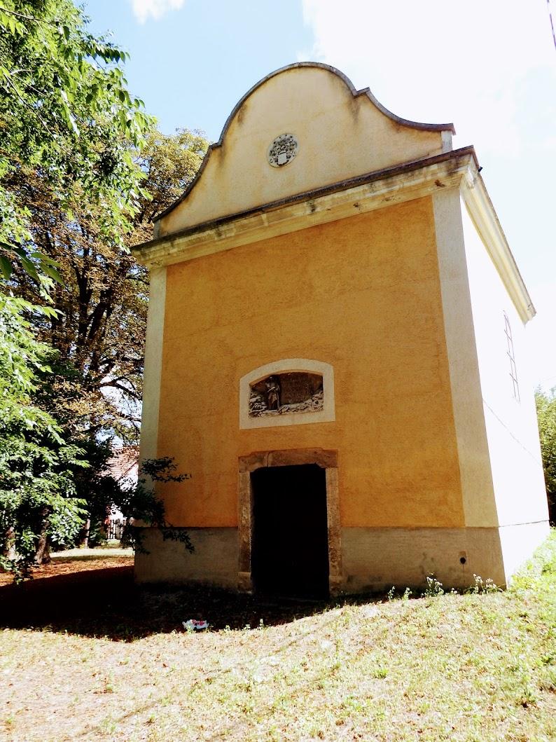 Mór - Árkipusztai Nepomuki Szent János-kápolna