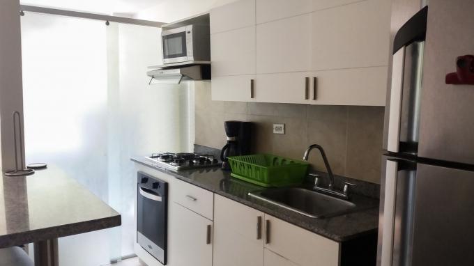 apartamento en arriendo poblado 585-22477