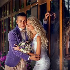 Wedding photographer Mikhail Bezdenezhnykh (Bezdeneg). Photo of 31.08.2014
