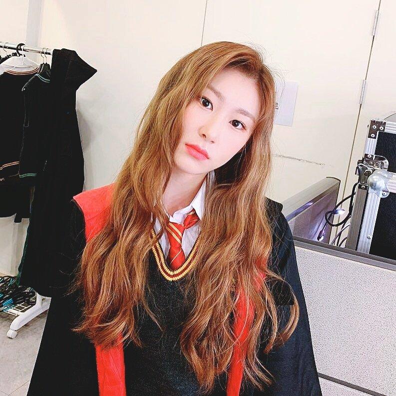 chaeryeong2