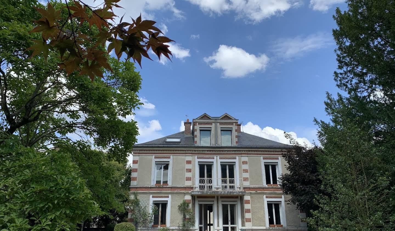 Maison avec jardin et terrasse Verrieres-le-buisson