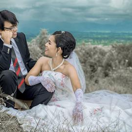 Bride en Groom by Kriswanto Ginting's - Wedding Bride & Groom ( prewedding, wedding, formals, suit, bride and groom, nikon, bride, groom,  )