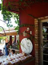 Photo: Paes, roscas, doces, crustolis e outros quitutes e docinhos a disposição para comprar. http://celiamartins.blogspot.com/