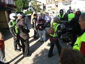 Photo: Lutz, der alles organisiert hat, erklärt nochmal Einzelheiten..