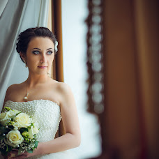 Wedding photographer Artem Grinev (GreenEV). Photo of 04.03.2014