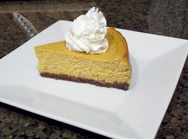 Pumpkin Cheesecake With Gingersnap Crust Recipe