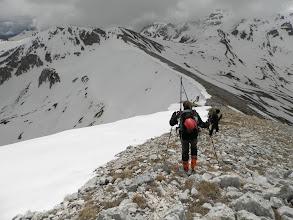 Photo: Si scende al Colle dell'Orso per poi salire a Punta Trento, purtroppo senza neve questo tratto di cresta