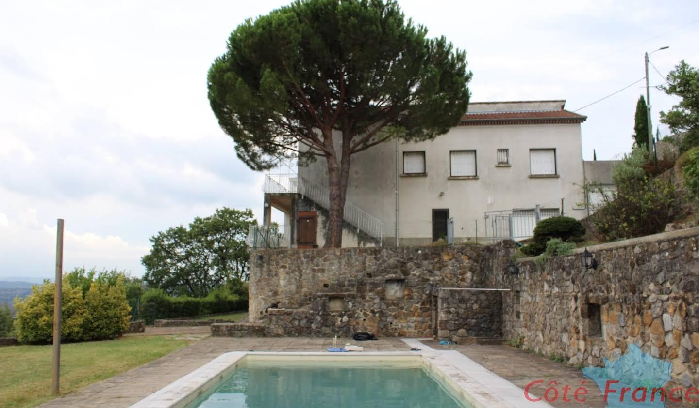 Maison avec piscine et terrasse Aubenas