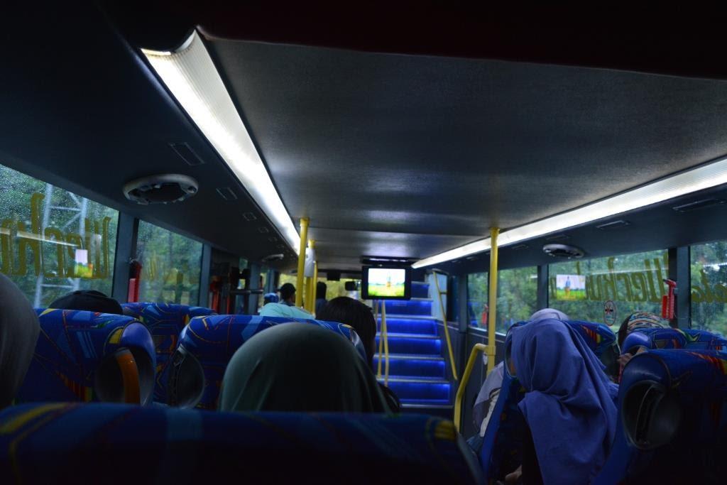 Tempat duduk bus bawahBus Werkudara