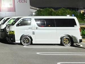 ハイエースバン TRH200V SUPER GL 2018年式のカスタム事例画像 keiji@黒バンパー愛好会さんの2020年09月19日23:34の投稿