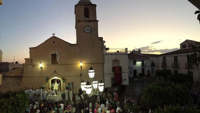La Iglesia de la Virgen de la Cabeza fue el escenario de un día emotivo para Tomás Cano.