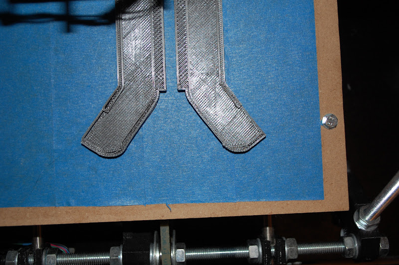 Photo: Wondering what kind of problem I have with my Prusa RepRap - backlash on one of the axes? Why would the right part look mostly ok, but not the left part (note the gaps between the perimeter and the infill)?