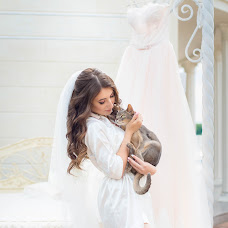 Wedding photographer Elena Markova (markova). Photo of 01.05.2018