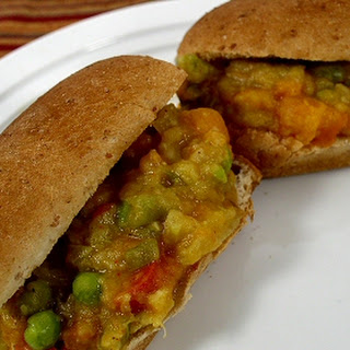 Pav Bhaji (Spicy Mixed Vegetable Sandwiches).