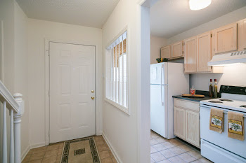 Go to Two Bed, Two Bath Townhouse Floorplan page.