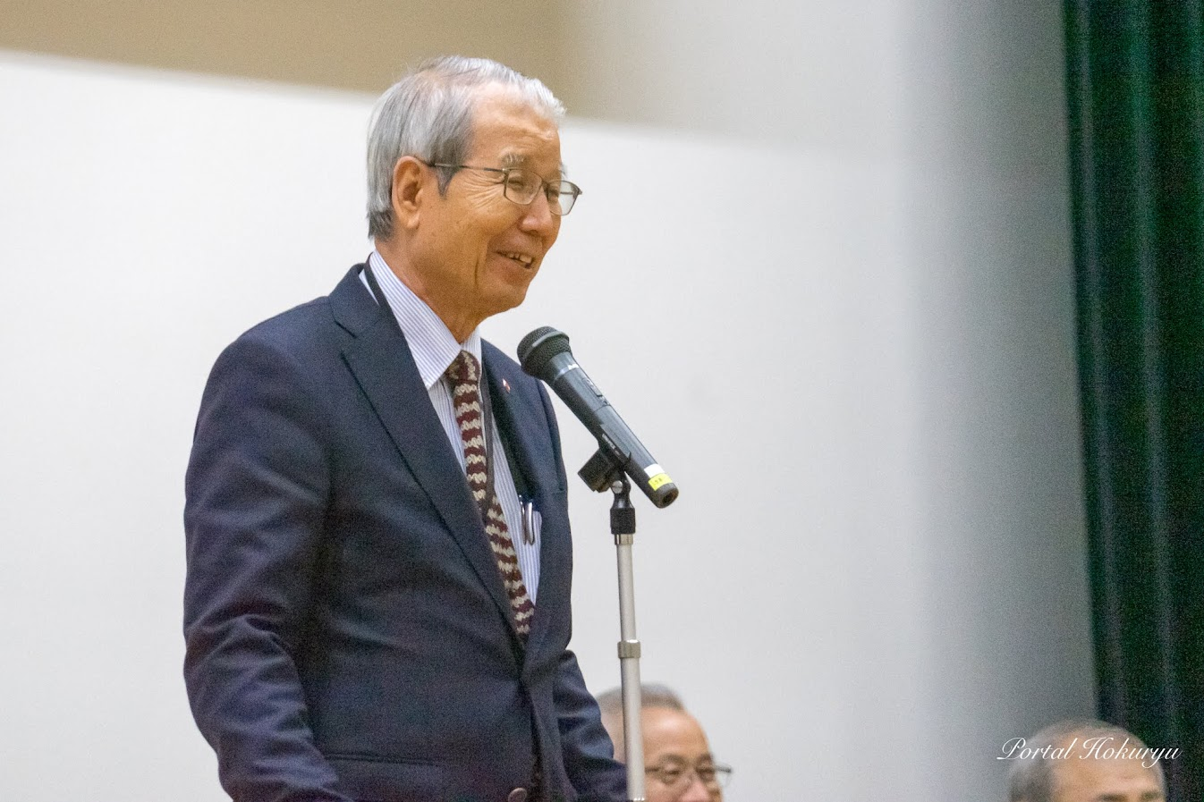特任審査員・加藤憲 審査委員長