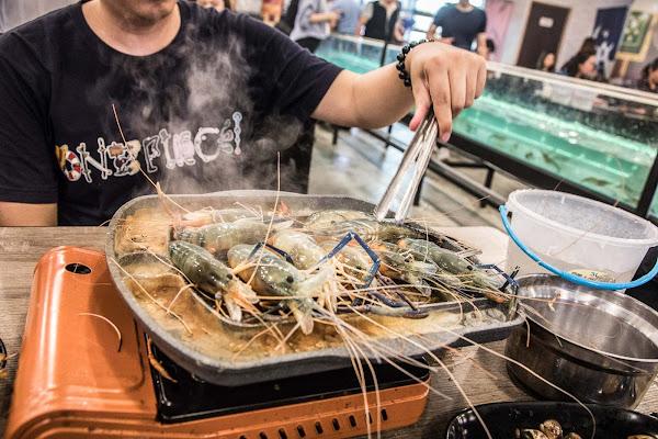 流水蝦正夯,吃泰國蝦吃到厭世!10米水道流水泰國蝦無限吃到飽!泰蝦PA水道泰國蝦吃到飽