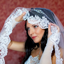 Wedding photographer Alena Goldabenkova (bublik93). Photo of 17.02.2013