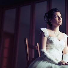 Wedding photographer Elena Yakushina (kambodja). Photo of 04.04.2013