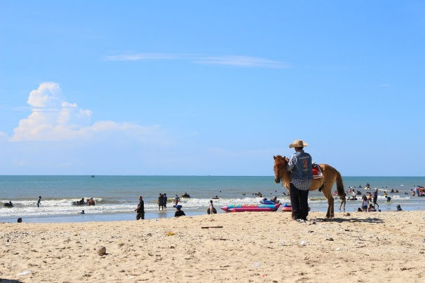 Cha-Am Beach, Petchbur