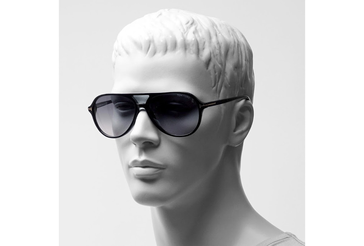 ca5e0227ae6 Sunglasses Tom Ford Jared FT0331 C60 01B (shiny black   gradient smoke)