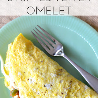 Stuffed Pepper Omelet - Low Carb Breakfast