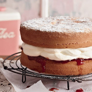 Featherweight Sponge Cake.