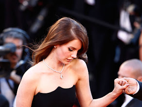 """Photo: CANNES, FRANCE - MAY 16:  Singer Lana Del Rey attends opening ceremony and """"Moonrise Kingdom"""" premiere during the 65th Annual Cannes Film Festival at Palais des Festivals on May 16, 2012 in Cannes, France.  (Photo by Andreas Rentz/Getty Images)ጰᢺ"""