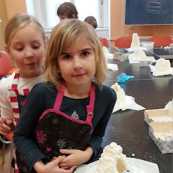 2017-02-01 Netradiční vaření ve školní družině – stavíme iglú