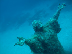 Photo: Taken at a depth of about 32 meters