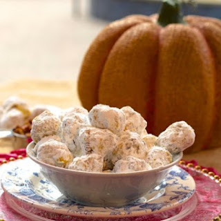 Pumpkin and Pecan Polvorones