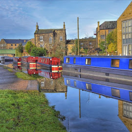 by Betty Taylor - Transportation Boats ( canal., boats, transport, water,  )