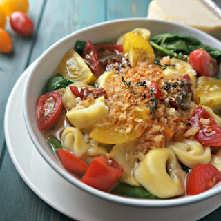 Tomato and Spinach Tortellini Broth Bowl