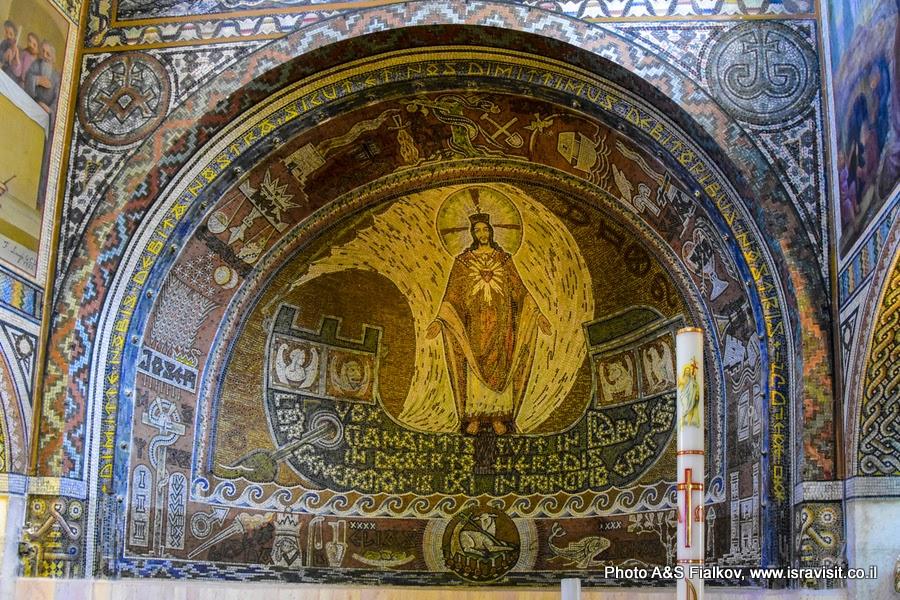 Росписи в церкви св. первомученика Стефана в монастыре Бейт Джамаль, Израиль.