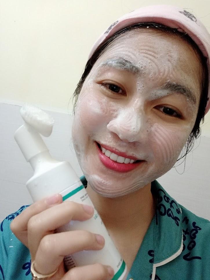Sữa rửa mặt dành cho dành cho da dầu - giúp da bạn kiềm dầu từ 6-8h