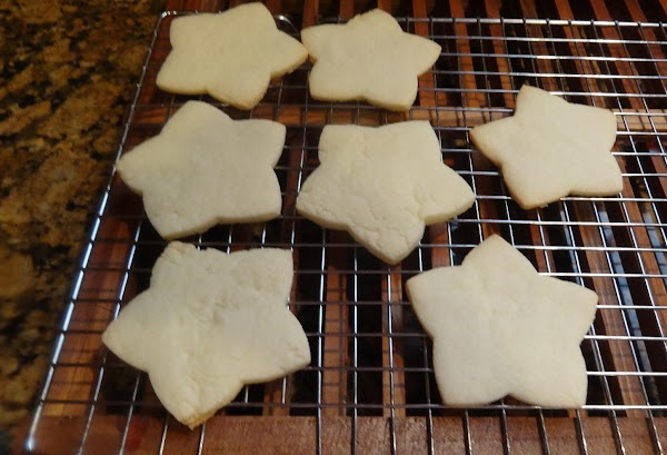 Here is how they look baked and ready to decorate! Enjoy!