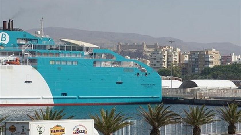 Balearia refuerza la línea Almería-Nador con un nuevo ferri.