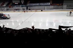 🎥 RB Salzburg - Frankfurt uitgesteld, dus gaan bezoekende fans maar... naar het ijshockey kijken